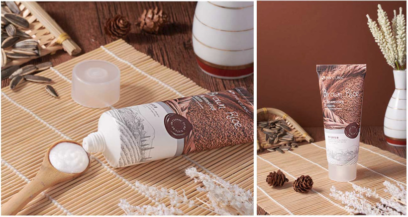 Sữa Rửa Mặt Chiết Xuất Gạo có trong gạo sẽ giúp cho làn da trở nên trắng hồng và mịn màng hơn. Ngày nay, thì bạn có thể thay thế nước vo gạo bằng sửa rửa mặt có chiết xuất từ gạo 3W Clinic Brown Rice Foam Cleansing, thương hiệu đến từ Hàn Quốc.