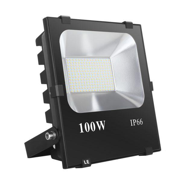 den-led-flood-light-100w-ip66-mat-kinh